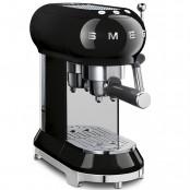 Kolbowy ekspres do kawy SMEG ECF01   Salon Smeg Nowy Sącz