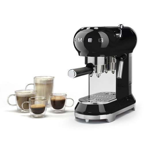 Kolbowy ekspres do kawy SMEG ECF01 | 10 lub 20 rat 0%! Salon Smeg Nowy Sącz