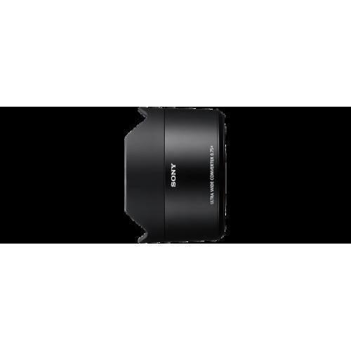 SEL075UWC: Konwerter ultraszerokokątny przeznaczony do użytku z obiektywem FE 28 mm F2